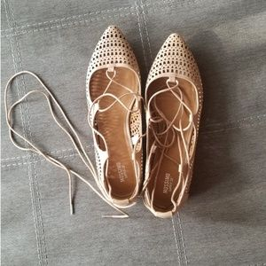 POINTED TOE BALLET FLATS (10)